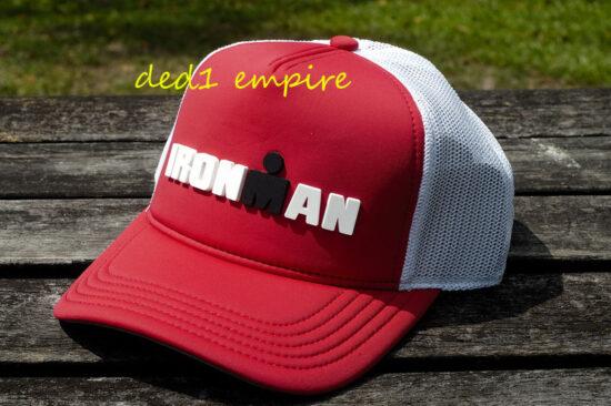 IRONMAN - topi Trucker merah